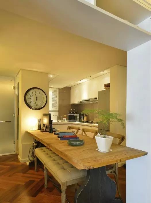 ▲ 核心区大桌子和厨房无缝链接-开放式厨房,或许还能这样玩