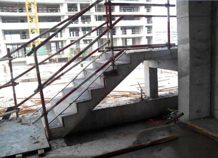 混凝土旋转楼梯设计内容混凝土旋转楼梯设计版面