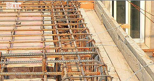 房屋圆柱子瓷砖图片